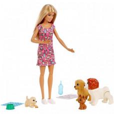 Barbie Кукла Doggy Daycare с домашними питомцами