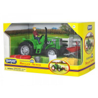 Breyer Трактор с аксессуарами