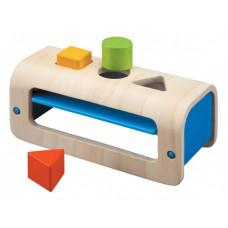 Деревянная игрушка Plan Toys Сортер с геометрическими фигурами