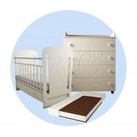 Детская кроватка Forest Sweet Dreams маятник поперечный с комодом и матрасом