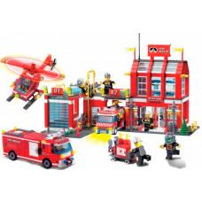 Конструктор Enlighten Brick Пожарная станция (980 деталей)