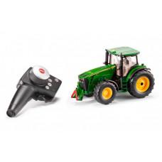 Siku Трактор John Deere 8345R 1:32 с пультом управления