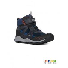 Синие ботинки Geox